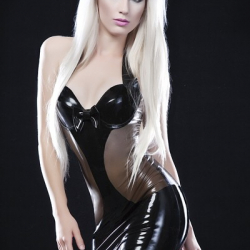 Ooh la latex